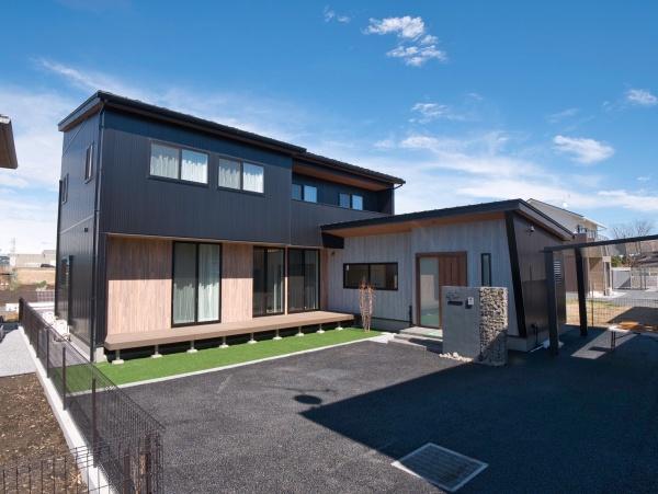 K様邸 家族それぞれのプライベートを守りながらコミュニケーションも深まる完全同居型二世帯住宅